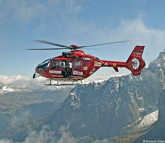 Elicottero Costo : Elicottero aiut alpin dolomites soccorso alpino