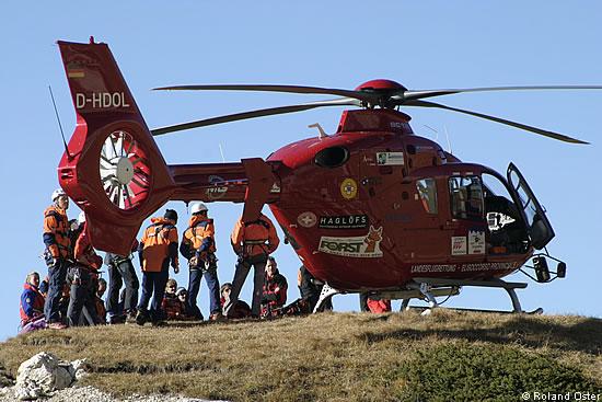 Elicottero Ortisei : Elisoccorritori equipaggio elicottero aiut alpin